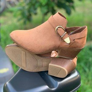 Memory Foam Women's Open Side Ankle Boot Cognac